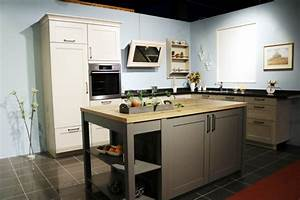 Moderne Küchen Bilder : moderne landhausk che ~ Markanthonyermac.com Haus und Dekorationen