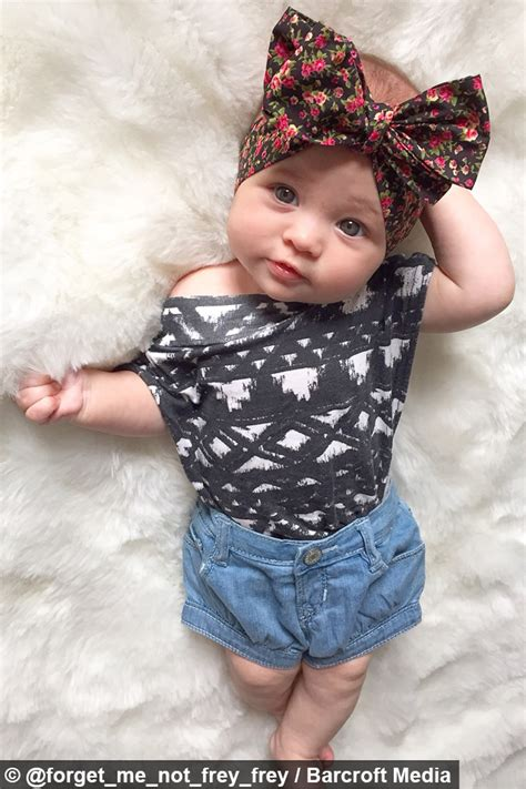 instagrams  dressed baby fashion   month