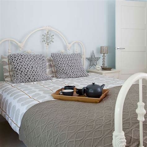 Pale Blue Bedroom by Pale Blue Bedroom With Taupe Bedlinen Decorating