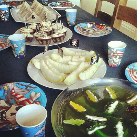 Pirate Party Boat by Pirate Party Food Ideas Sw Jelly And Melon Boats