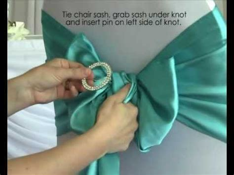 Diy Chair Sash Buckles by How To Use A Diamante Buckle With Chair Sashes In Your