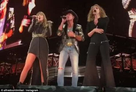 Taylor Swift Surprises Fans As She Brings Tim Mcgraw And