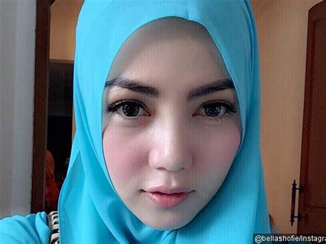 jilbab putih 30 foto gadis berjilbab cantik paling menarik 2017 tonny