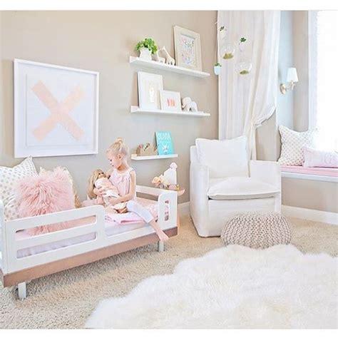 Best 10+ Girl Toddler Bedroom Ideas On Pinterest  Toddler