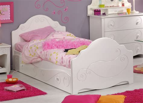 chambre fille 2 ans chambre de fille 2 ans chambre fille taupe