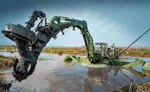 Amphibious Multipurpose Dredger For Dredging Raking