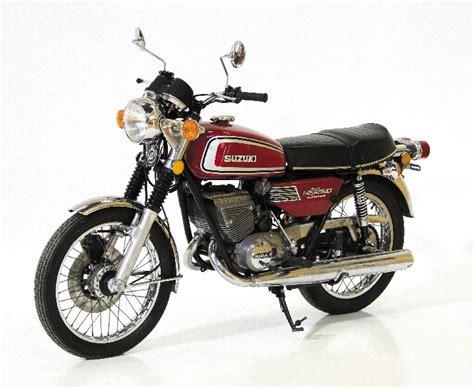 Suzuki Gt250 by Suzuki 1976 Gt250