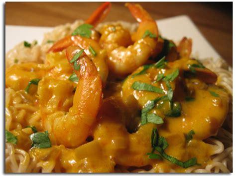 recete de cuisine crevettes sautées sauce au paprika cookismo recettes