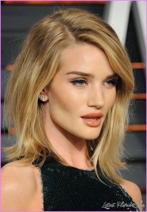 asymmetric hairstyles medium length medium length asymmetrical haircuts latestfashiontips com