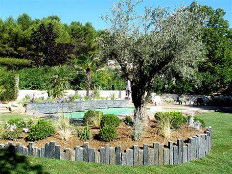 comment poser une cuisine aménagement extérieur gréasque méditerranéen jardin
