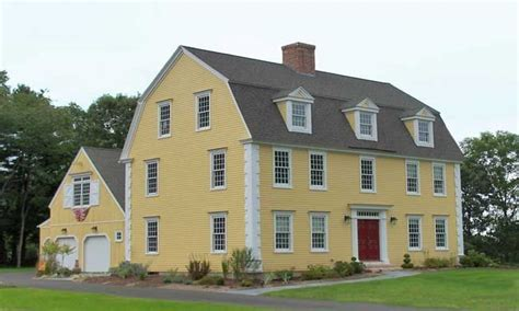 colonial houses    colonial gambrel house style classic colonial homes