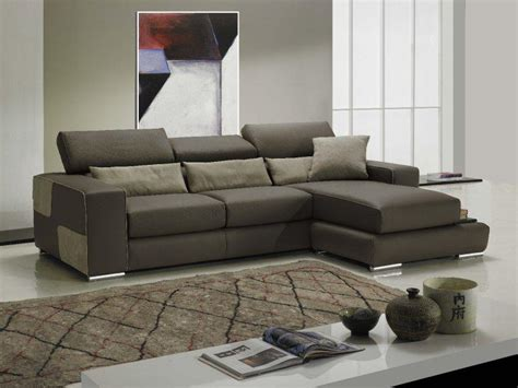 canape taupe cuir domino canape cuir vachette couleur taupe coussins marron