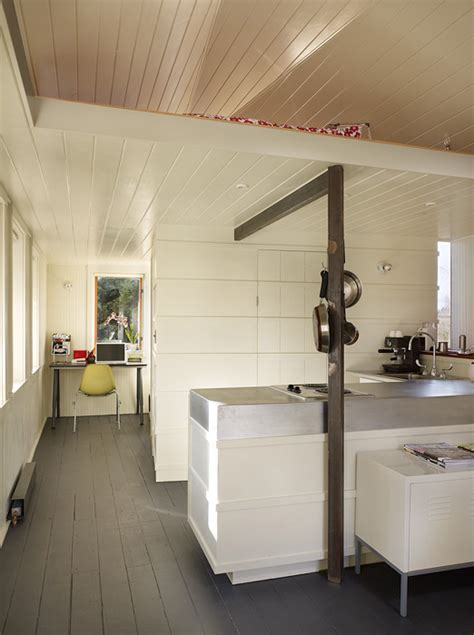 garage conversion  turn   contemporary living space digsdigs