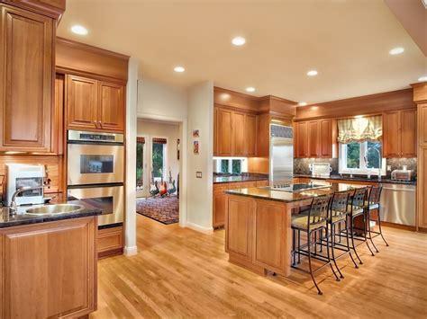 deco cuisine salon cuisine ouverte salon idees design de maison