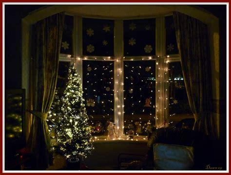 christmas window decorationswe didnt   snow