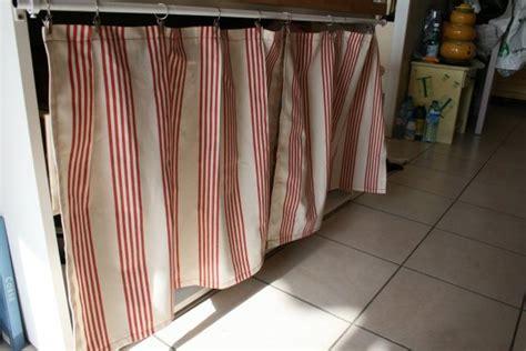 petit rideau cuisine placard avec rideaux chaios com