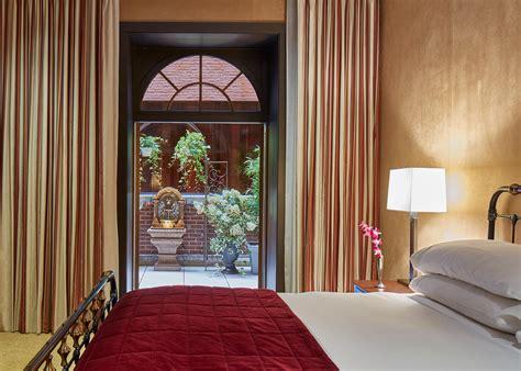ruby suite luxury hotel suite   york  chatwal