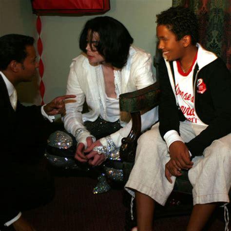jackson michael pop king van raffles birthday exel 45th fan fanpop mj hamer controlled elite industry run entertainment john music