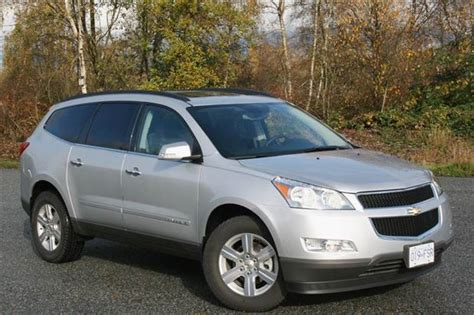 2007 Buick Enclave Reviews by Used Vehicle Review Chevrolet Traverse Gmc Acadia Buick