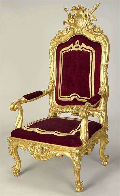 King Furniture Armchair by 20 Best Ideas About King Throne Chair On
