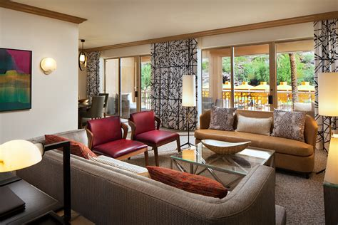 bedroom canyon suite  canyon suites   phoenician