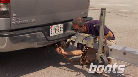 Boat Trailer Lights Won T Work by 5 Tips For Towing Get Your Boat And Trailer The Road