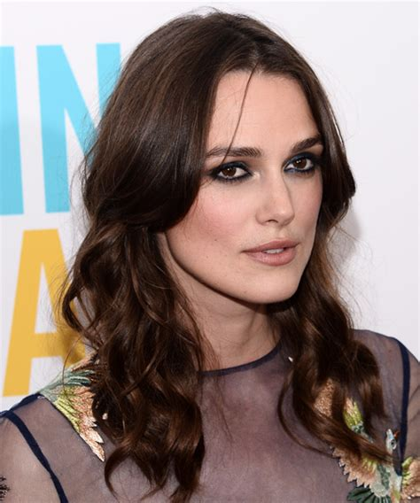 picture of hair styles keira knightley wavy casual hairstyle 9645