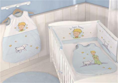 chambre petit prince décoration chambre bébé petit prince thème petit prince