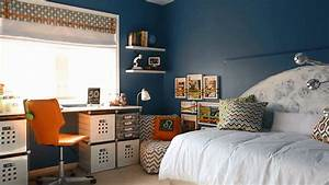 Boy's Room Ideas: Space-Themed Decorating