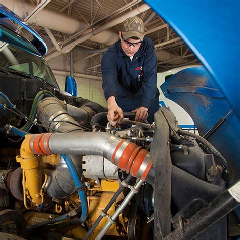 Careers In Diesel Mechanics by Diesel Mechanics