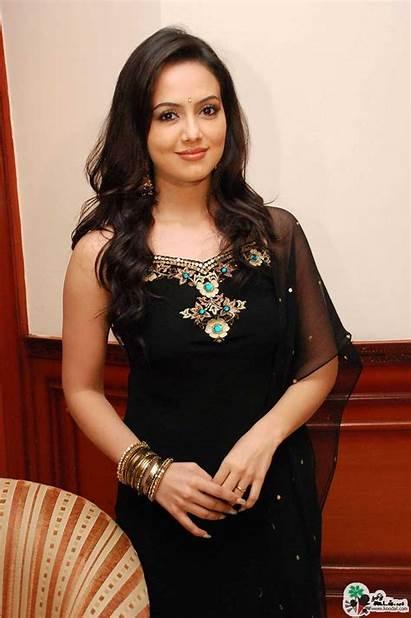 Sana Khan Actress South Bold Latest Wallpapers