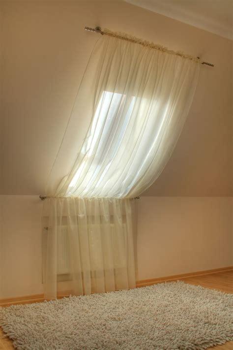 1000 ideen zu gardinen f 252 r dachfenster auf