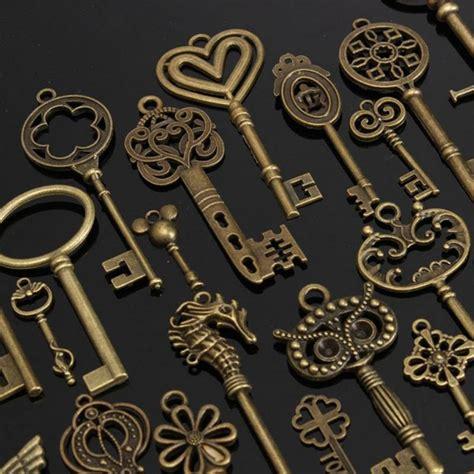 buy   antique bronze skeleton key charms pendants