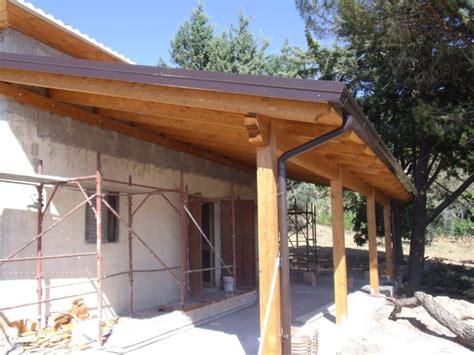 tettoia abusiva tettoia in legno coperture in legno lamellare