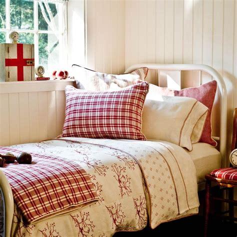 white iron beds ideas  pinterest white metal