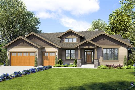 craftsman ranch home plan  multi generational possibilities  architectural