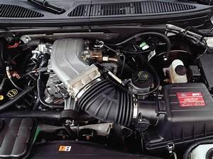 2004 Ford Svt F-150 Lightning - Engine