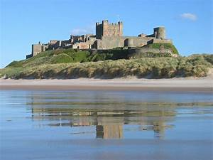 Bamburgh Castle - Wikipedia