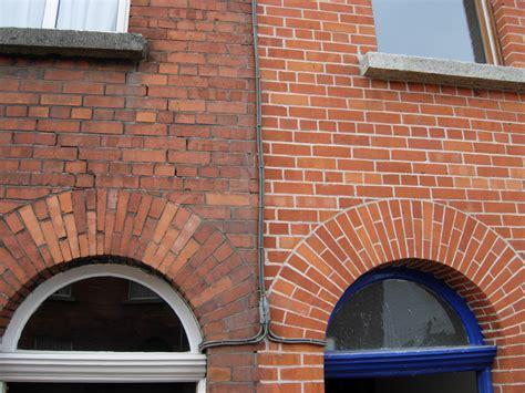 bricks design on wall essex brickwork repointing brick pointing brick