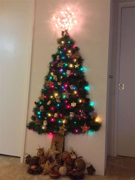 flat 2d christmas tree on the wall christmas decorating pinterest