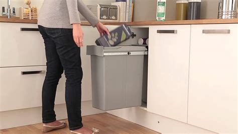 poubelle cuisine auchan poubelle galerie et poubelle sous evier ikea images
