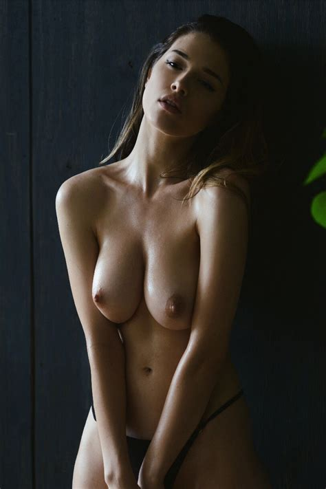 Lauren Summer Nude And Sexy 27 Photos Thefappening