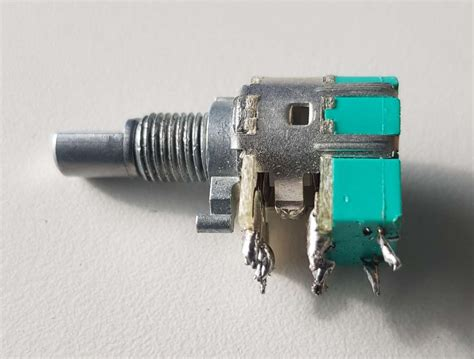 Connecting Potentiometer With Off Switch Audio