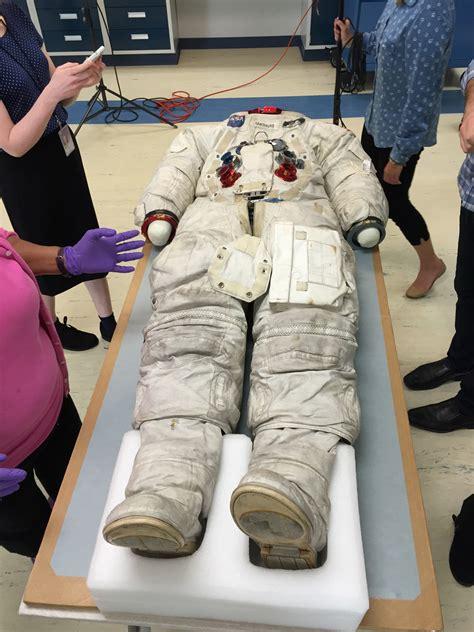 Perle di Facebook: gli stivali della missione Apollo 11 ...