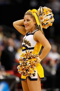 The 25 Hottest Cheerleaders In The 2011 Ncaa Tournament