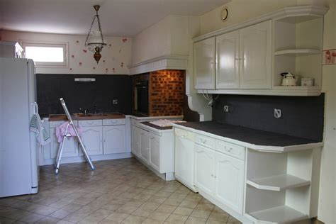 peindre mur cuisine cuisine peindre cuisine formica avant renovation with