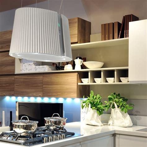 hotte d aspiration cuisine hotte marilyn e ion de chez falmec photo 1 15 une