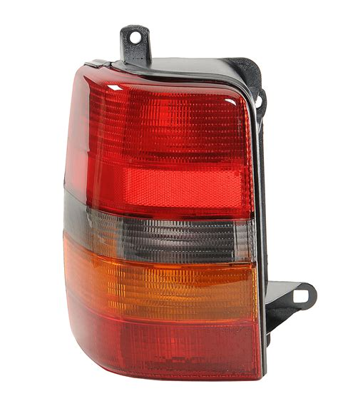 jeep renegade aftermarket tail lights quadratec cs027u000l driver side tail light assembly for