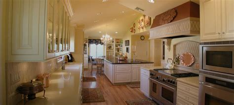 pictures of custom kitchen cabinets cabinet souce home 7449