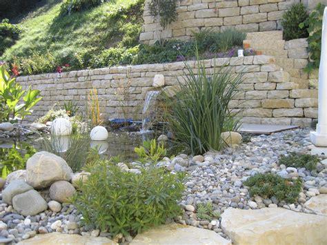 überdachung Im Garten naturstein im garten reding g 228 rten